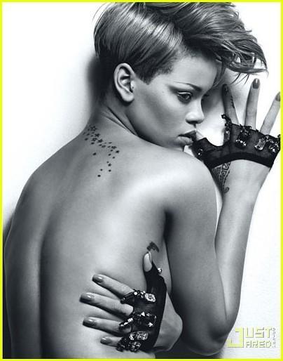 "Autors: 2hot Rihanna ""W Magazine"" February 2010"