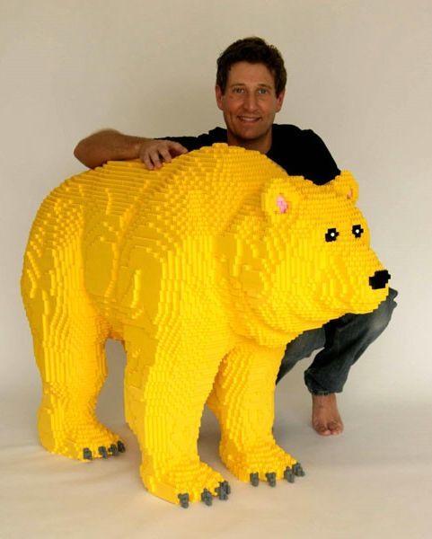 Kompānijā Legoland Karlsbāde... Autors: zitux Dīvainākās profesijas