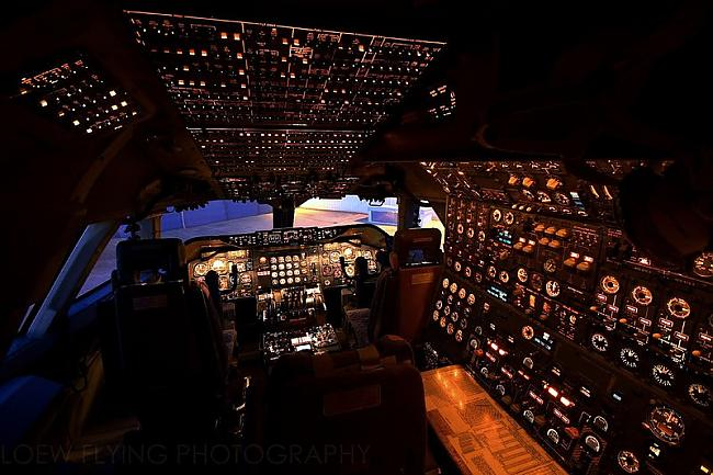 Cockpit of a Boeing 747200 Autors: YOSLOWAG Aviācijas vadības paneļi.