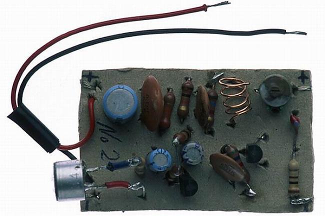 9Radio pārveidots radio kas... Autors: zammaz Kad aiz gara laika cietumā nav ko darīt!