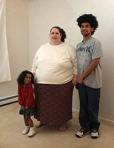 273 kilogramus smagā Donna ar... Autors: tvixa Viņa vēlas sasniegt 460 kg.