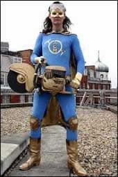 Leņķa slīpmašīnas vīrs patrulē... Autors: Fosilija Īstie supervaroņi