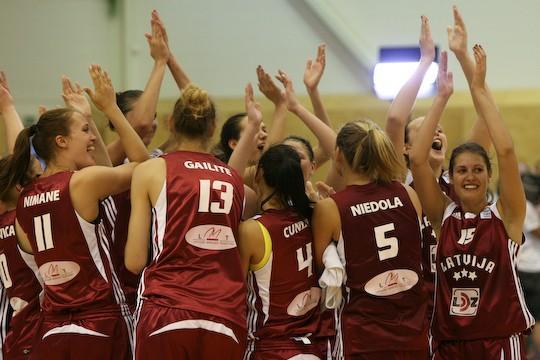 Pēc uzvaras pār Francijas... Autors: tozaya Basketbola meitenes U-20