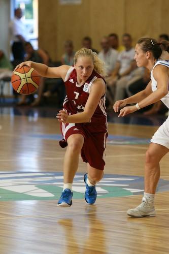 Klinstone darbībā  Autors: tozaya Basketbola meitenes U-20