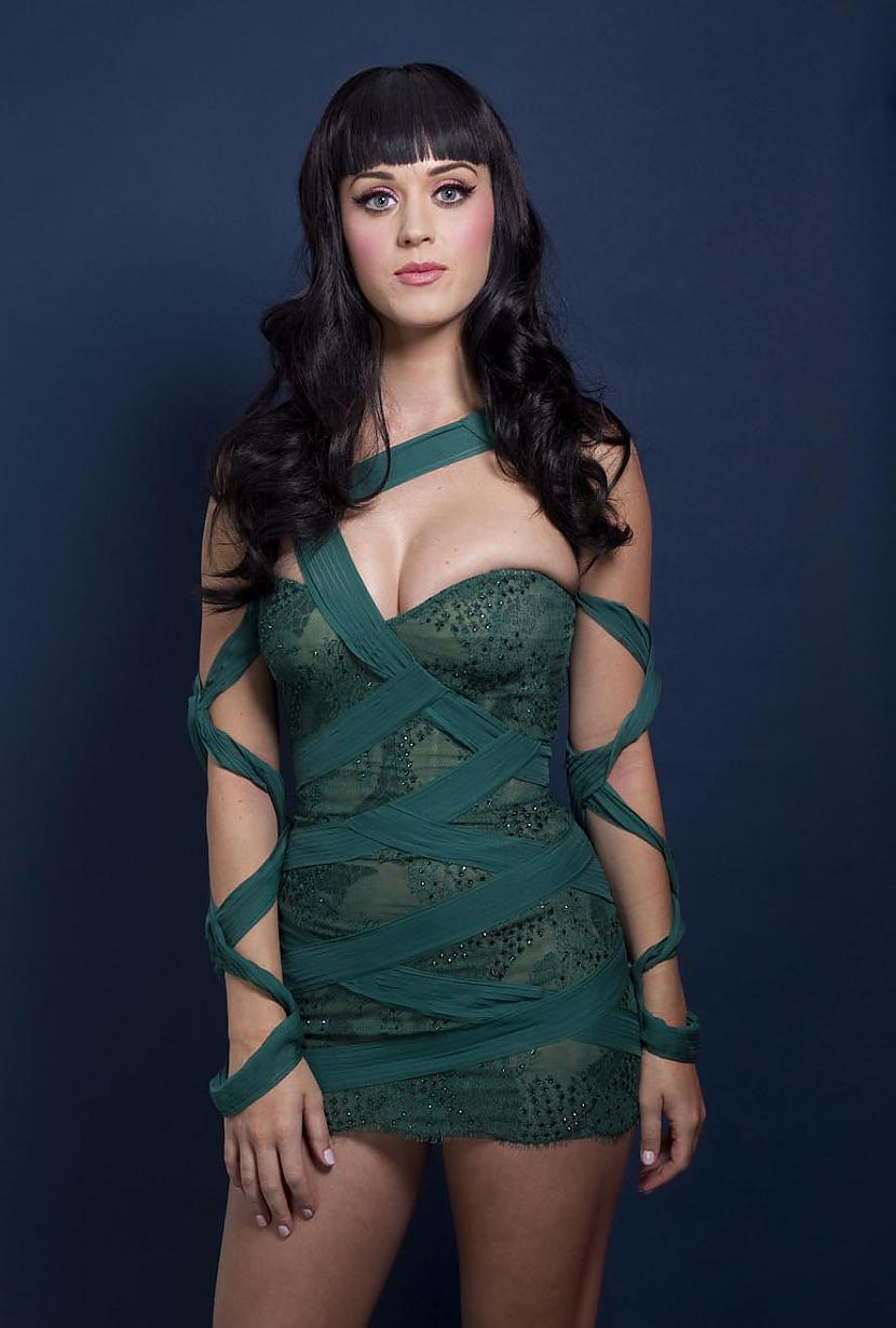 Autors: im mad cuz u bad Katy Perry