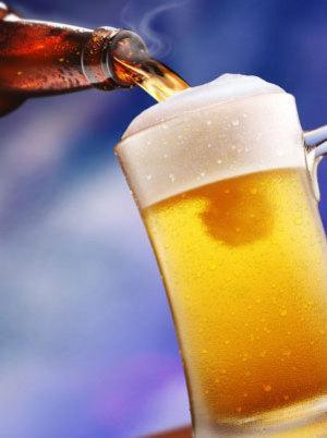 Ak šis alus mēs visi to mīlam... Autors: unbannaby Alus, īstā kompānija, koks = aluskoks.