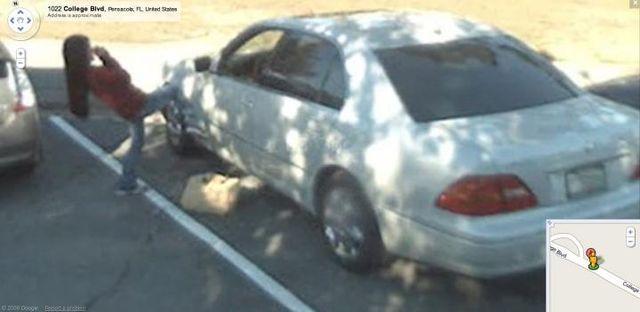 Before she buys a car she... Autors: MazaiiC 20 Crimes