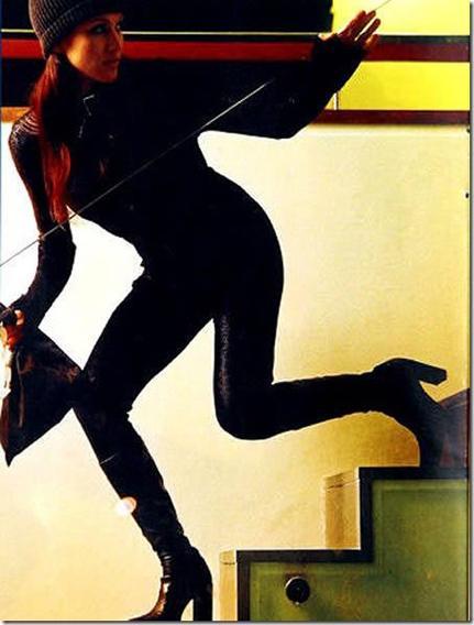 Kāda sieviete ielavījās svešā... Autors: Abadins Izveicīgie noziedznieki.
