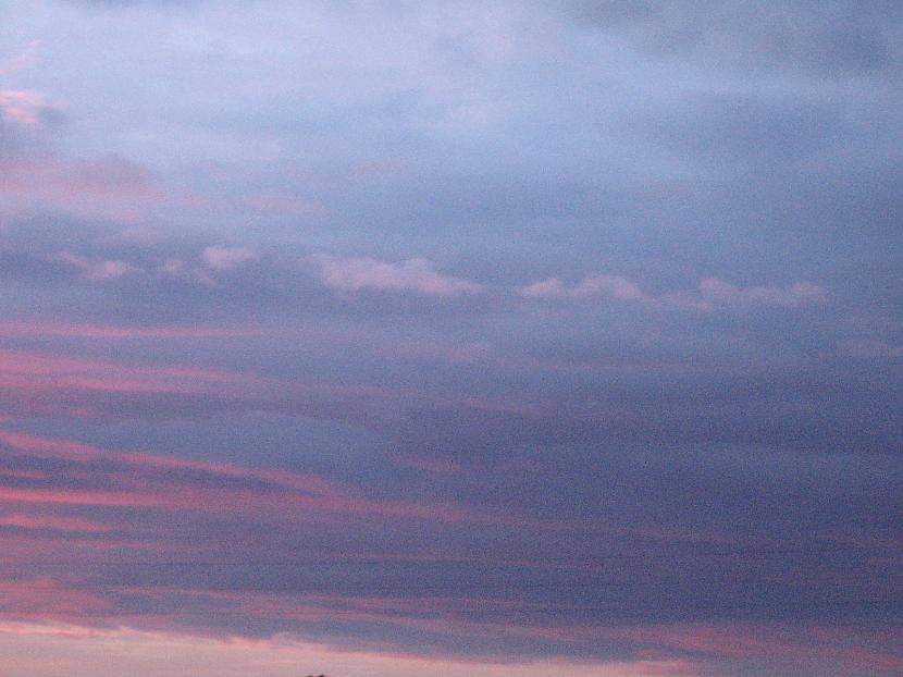 Autors: bu4akika000 debesis