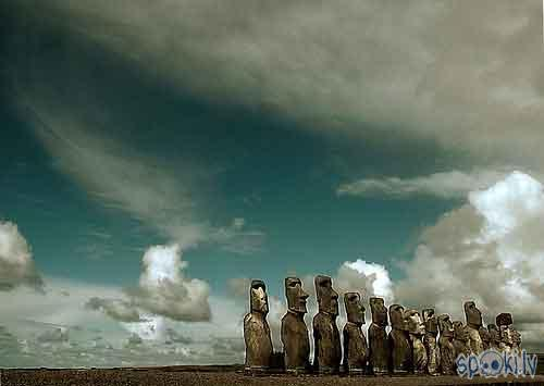 Lieldienu sala Autors: whateverusay 15 pasaules vietas,ko kādreiz vajadzētu aplūkot.