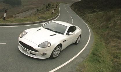 Aston Martin Vanquish SBonda... Autors: frankbullitt Rijīgie V12!!!