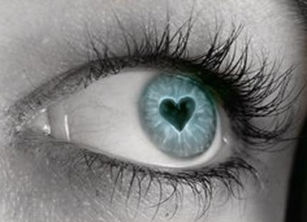 Kad skaties uz kādu ko mīli... Autors: Fosilija Fakti par tevi! 4