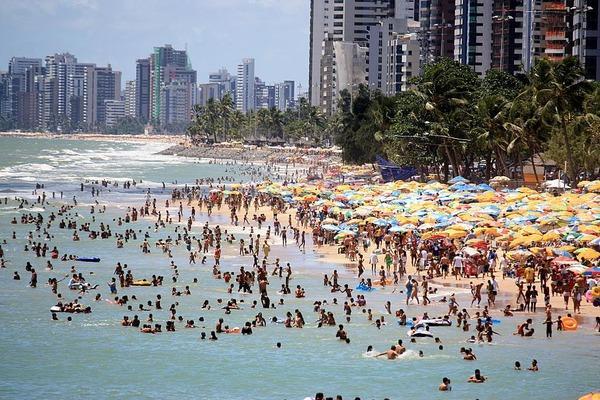 Praia de Boa Viagem pludmale... Autors: PRESS Bīstamākās pludmales pasaulē.