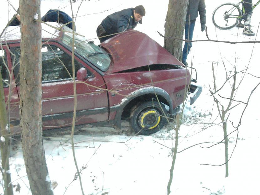 Autors: replay Zagta automasina avarija.!