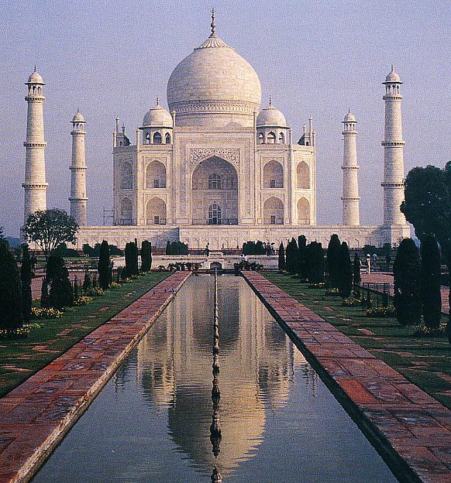 Taj Mahal tieks uzskatīts par... Autors: Sindikāts 7 Pasaules Brīnumi