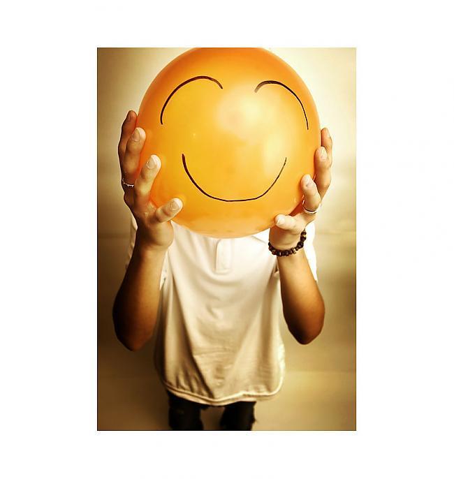 Šodien smaidot devos mājāsun... Autors: Chesterz Makes Me Think
