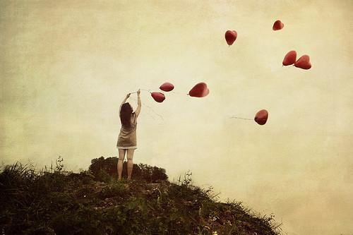 Paspēlējies ar baloniem Autors: Kikmeitene Keep it real.*