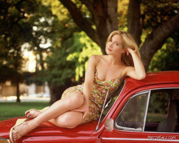 Christina Applegate bija arī... Autors: NOKAR Divdesmit pievilcīgākas sievietes ...