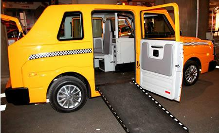 Šis taksis izceļas ar savām... Autors: Fosilija Krutākie takši pasaulē.
