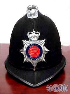 Essex Police UK Helmet Autors: Kadets Lielbritānijas policisti pazaudējuši īpašumus