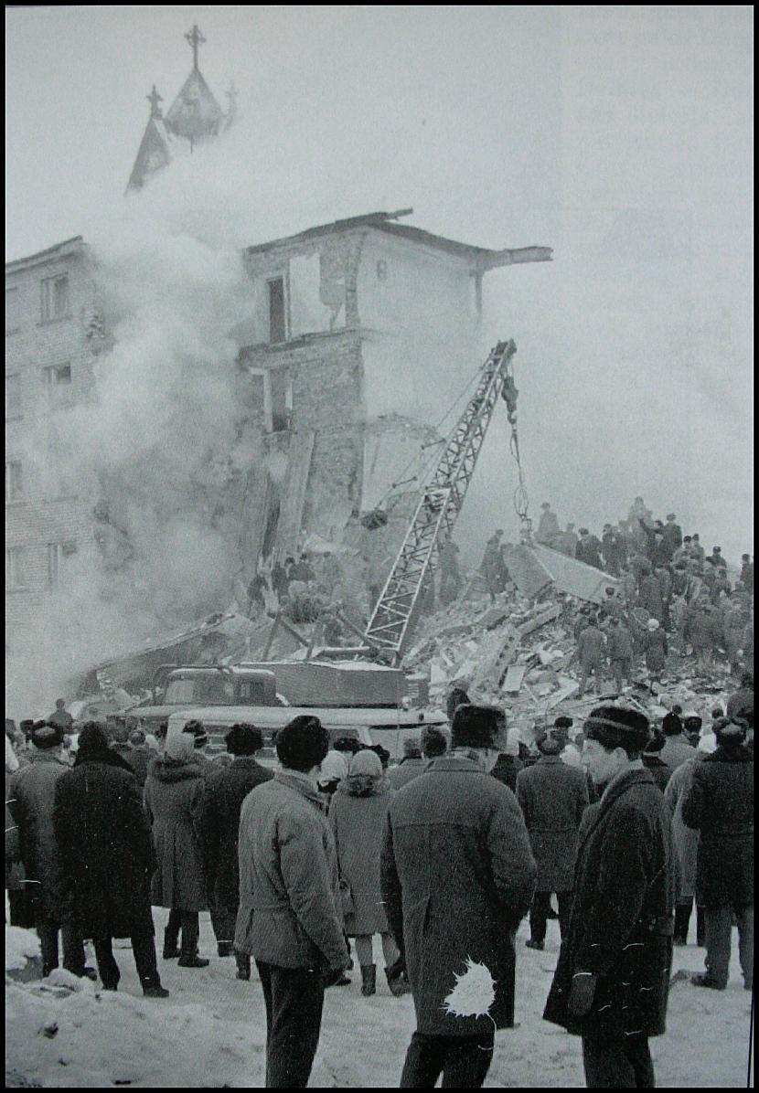Sprādziens daudzdzīvokļu mājā... Autors: artuu Gadsimta katastrofas Latvijā.
