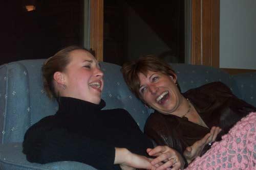 Smiešanās pazemina stresa... Autors: MJ Fakti par TEVI!!!