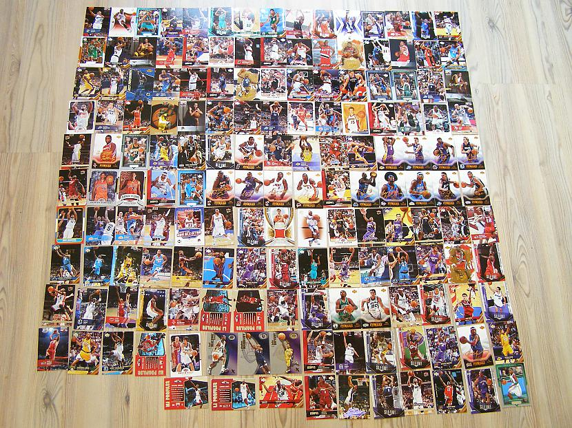 Lūk kur arī manas NBA kartiņas Autors: toms23 Manas sporta kartītes.