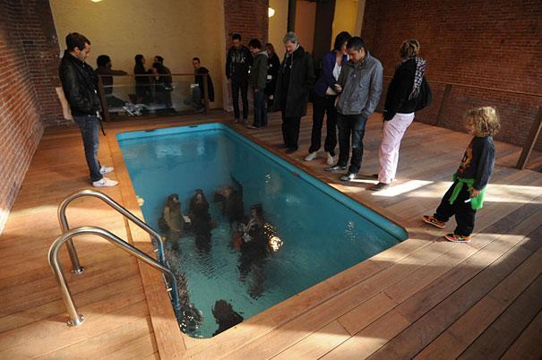 New York PS1 mākslas centrs Autors: Fosilija Fake baseins, Leandro Erlich
