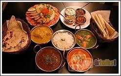 Daži no viņu ēdieniem Autors: jacky BUFU Indiešu virtuve (cepta vista ar kariju un kokosriekstu pien