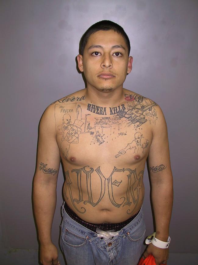 Tiesa viņam piesprieda 65 gadu... Autors: sLoZo Tetovējums atklāj slepkavību