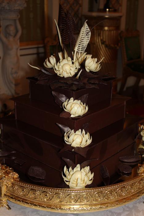 Jaunlaulātais pāris šo kūku... Autors: dakīijz Karaliskās kāzas. Vai tu to zināji?