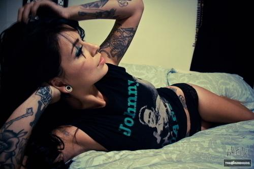 Autors: Fosilija tattoos, and more...