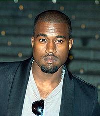 Kanye West pusaudža gadus... Autors: vienssantīms Pa karjeras kāpnēm