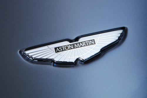 Aston martin  1913 gadā... Autors: cuchins Logotips /2/, uzzini ko tas nozīmē!