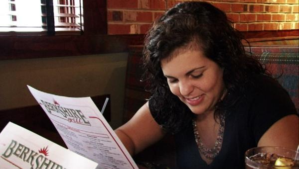 Gabriela cenšas ieturēt... Autors: YMothF I used to be fat.