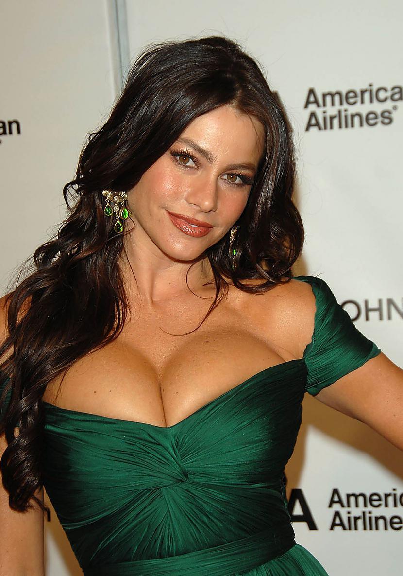 Sofia Vergara 3 vieta Autors: hellokitty5 Top Beautiful woman(2011)