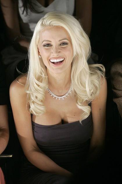 quotMan scaronķiet ka tas ir... Autors: Noth1ng Apdrošina krūtis par 1 miljonu $! :o