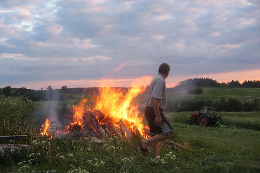 Jāņi labākie svētki vasaras... Autors: MINKA321 VASARA - mēs TEVI gaidam!