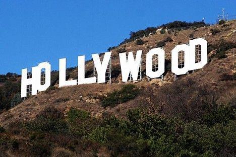 HolivuduViņi nopirka māju un... Autors: Fosilija Viņš atgriezās.