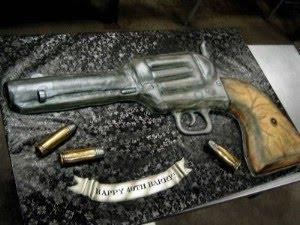 Revolvera kūka ar dažām... Autors: DP Arodeyz Episkās kūkas.