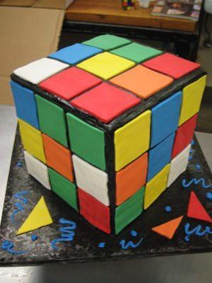 Kubika Rubika kūkaEs šo kūku... Autors: DP Arodeyz Episkās kūkas.