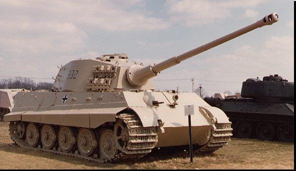 Vācu Panzer 6 King Tiger... Autors: Bucitis1 2.P.K vācu un krievu tanku salīdzinājums (3.daļa)