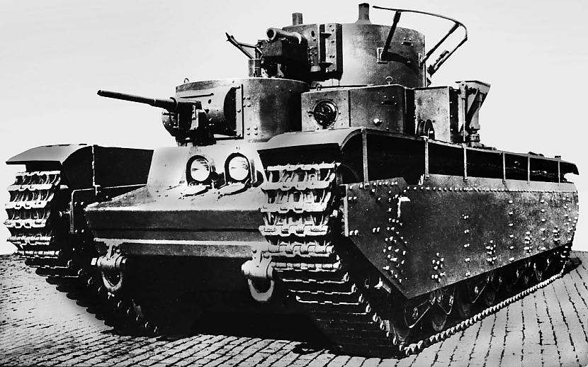 Krievu T35 Autors: Bucitis1 2.P.K vācu un krievu tanku salīdzinājums (3.daļa)