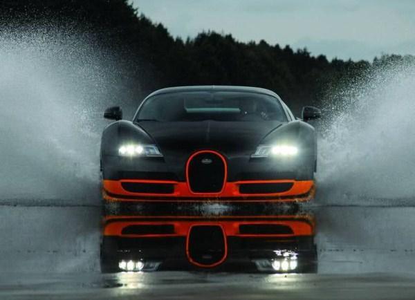 Bugatti Veyron Super Sports Autors: Smaidīgais Nepārspējamās Mašīnas