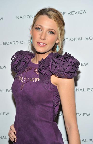 Bleika Laivlija  viņa ir... Autors: Modes pārzinātāja Populārākās slavenibas zem 25.