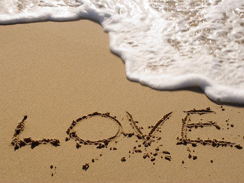 mīlestība atkausē visas sirdis... Autors: Fosilija tekstiņi.