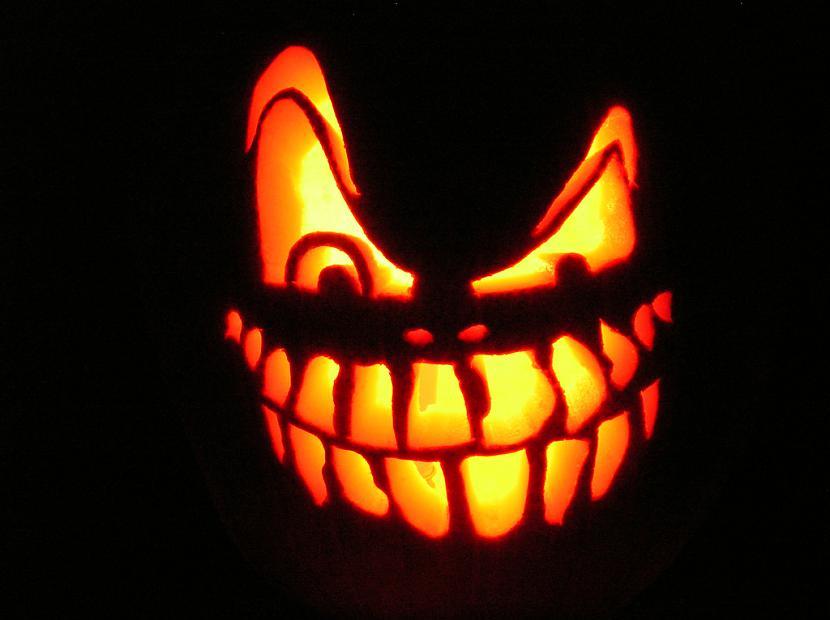 Izgrebt ķirbinbspvēlams jau... Autors: islam Idejas Helovīna dienas svinību plānam