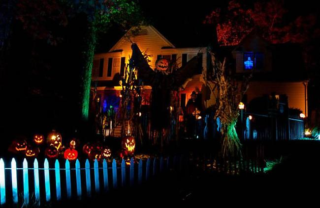 Autors: quencher Ļoti kreatīvas Helovīnu māju dekorācijas