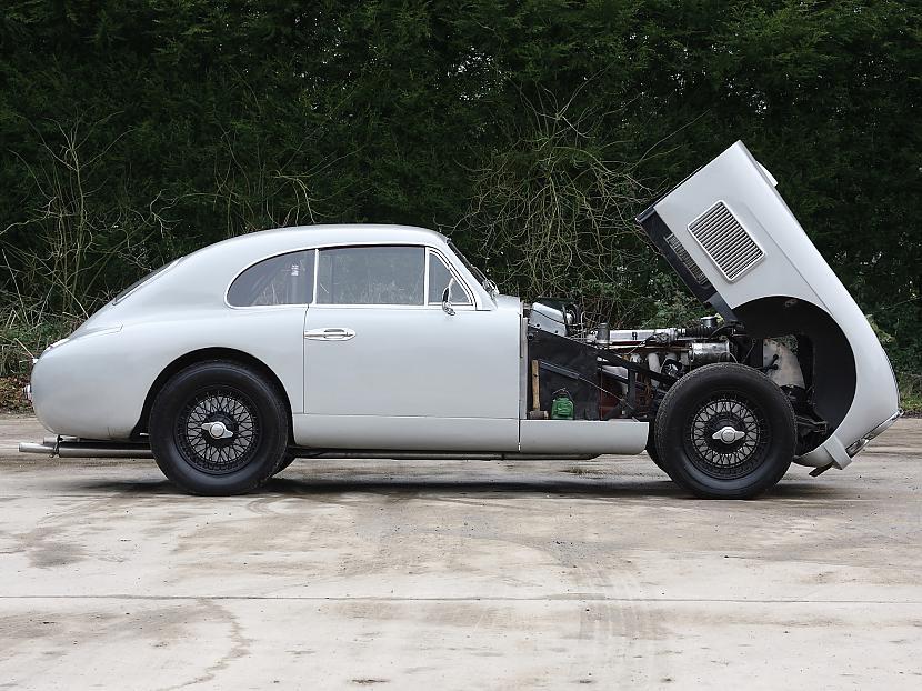 AstonMartinDB2VantageSaloon195... Autors: Labveelis13 Aston Martin