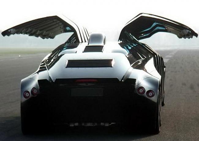 Autors: maxxims Super-bus, traucas ar 250 kilometru ātrumu stundā.